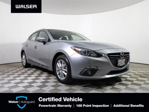 Pre-Owned 2016 Mazda3 Touring Hatch Backup Camera